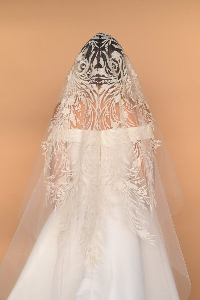 Mantilla Veil Back